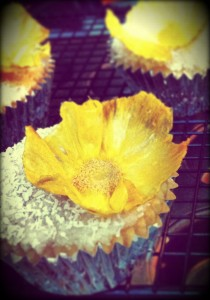 Coconut_Lime_with_Dried_Pineapple_Flower