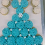 Elsa Dress Pull-a-part Cupcake Cake