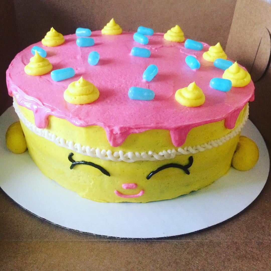 Cakes | Miss Moffett\'s Mystical Cupcakes